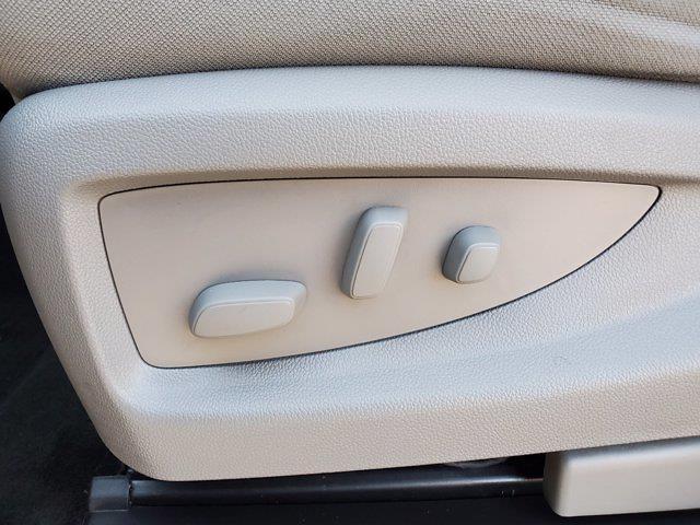 2018 Chevrolet Silverado 1500 Crew Cab 4x4, Pickup #M62816A - photo 13