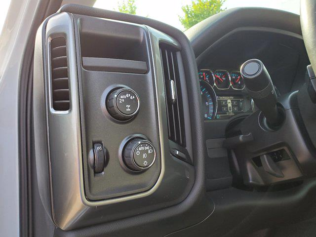 2018 Chevrolet Silverado 1500 Crew Cab 4x4, Pickup #M62816A - photo 14