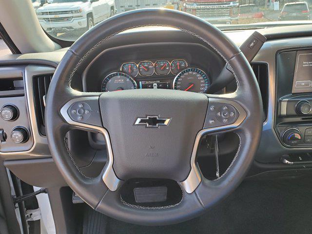 2018 Chevrolet Silverado 1500 Crew Cab 4x4, Pickup #M62816A - photo 17