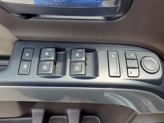2017 Chevrolet Silverado 1500 Crew Cab 4x4, Pickup #PS20833 - photo 11