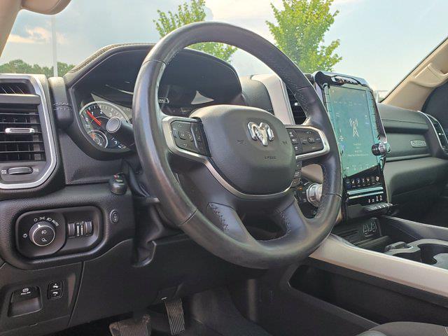 2019 Ram 1500 Crew Cab 4x4, Pickup #PS20856 - photo 17