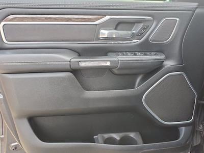 2019 Ram 1500 Crew Cab 4x4, Pickup #PS20856 - photo 10