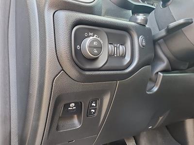 2019 Ram 1500 Crew Cab 4x4, Pickup #PS20856 - photo 14