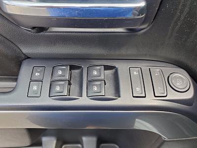 2017 Chevrolet Silverado 1500 Crew Cab 4x2, Pickup #SA20880 - photo 10