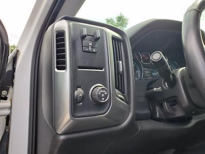 2017 Chevrolet Silverado 1500 Crew Cab 4x2, Pickup #SA20880 - photo 12