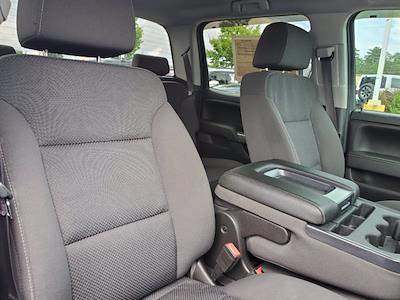 2017 Chevrolet Silverado 1500 Crew Cab 4x2, Pickup #SA20880 - photo 30