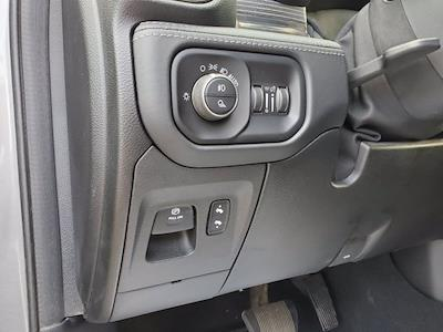 2019 Ram 1500 Crew Cab 4x4, Pickup #SA20911 - photo 13