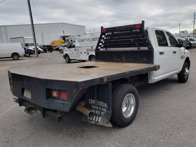 2018 Ram 3500 Crew Cab DRW 4x2, Commercial Truck & Van Equipment Platform Body #L53898B - photo 1