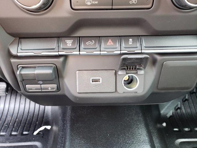 2020 Chevrolet Silverado 2500 Crew Cab 4x4, Service Body #CL65831 - photo 21