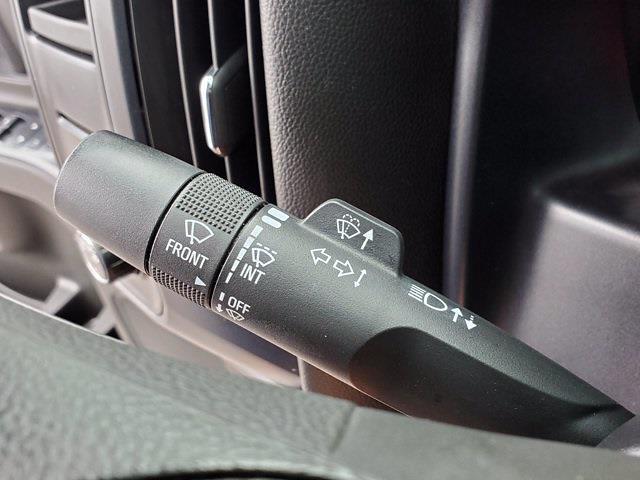 2015 Chevrolet Silverado 1500 Crew Cab 4x2, Pickup #DM81412A - photo 17