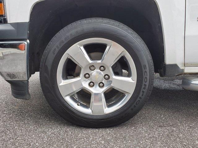 2015 Chevrolet Silverado 1500 Crew Cab 4x2, Pickup #DM81412A - photo 32