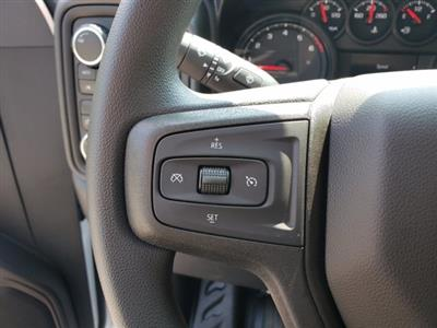 2020 Chevrolet Silverado 1500 Crew Cab 4x4, Pickup #L87946 - photo 16