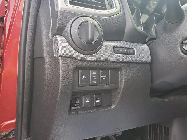 2018 Nissan Titan Crew Cab 4x4, Pickup #M03963A - photo 13