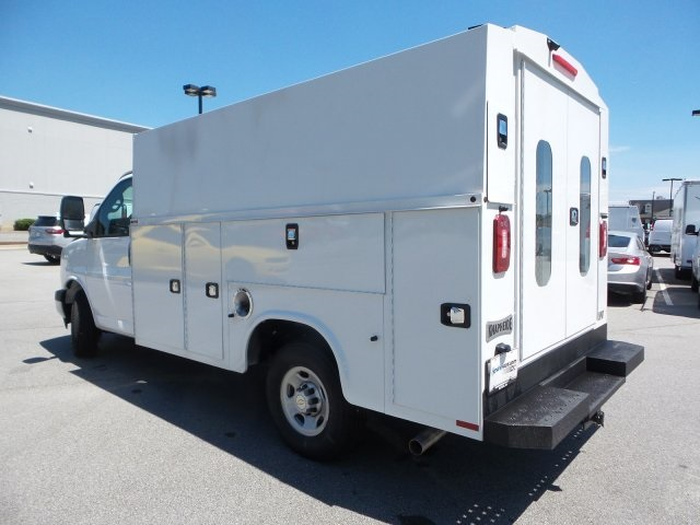 2019 Express 3500 4x2, Service Utility Van #M1233201 - photo 9