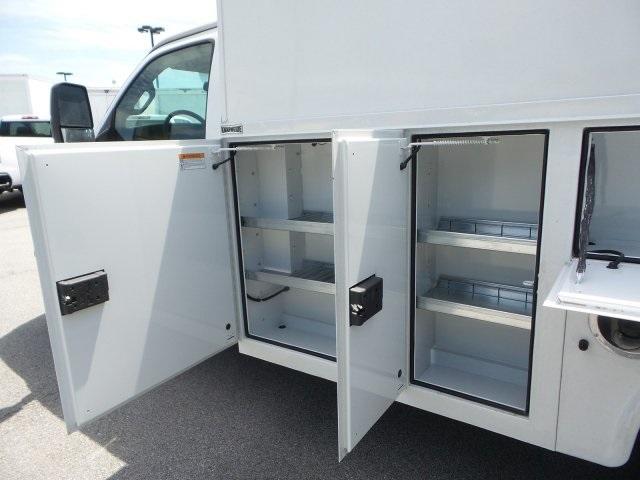 2019 Express 3500 4x2, Service Utility Van #M1233201 - photo 15