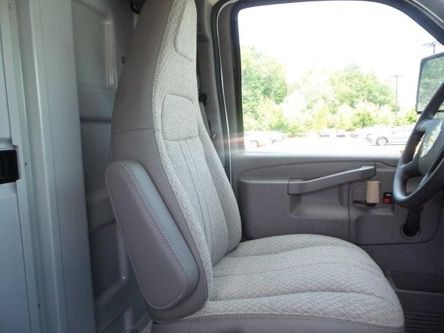2019 Express 3500 4x2, Service Utility Van #M1233201 - photo 25
