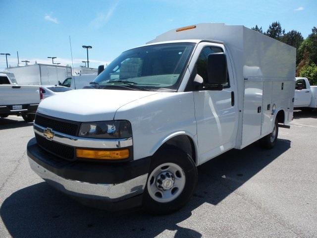2019 Express 3500 4x2, Service Utility Van #M1233201 - photo 4