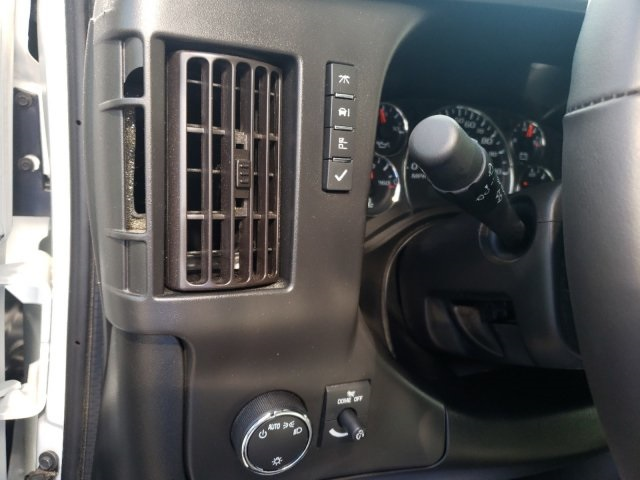 2019 Chevrolet Express 3500 4x2, Rockport Cutaway Van #M1240745 - photo 11