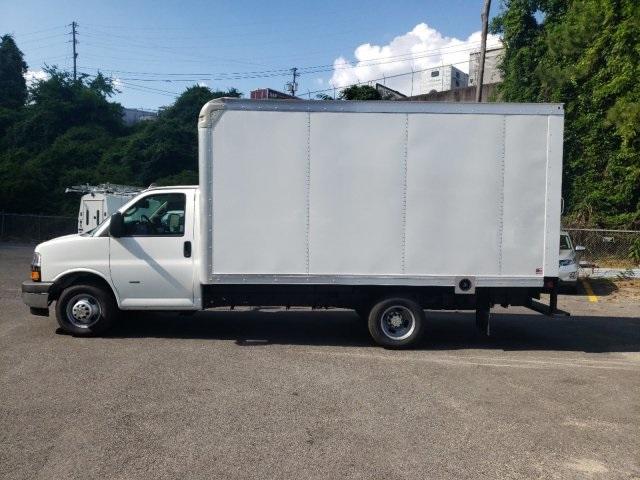 2019 Express 3500 4x2, Rockport Cutaway Van #M1240745 - photo 6