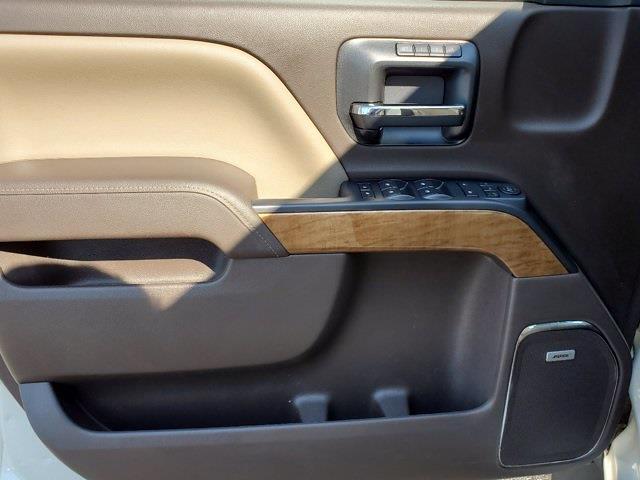 2015 Chevrolet Silverado 1500 Crew Cab 4x4, Pickup #M14734A - photo 10