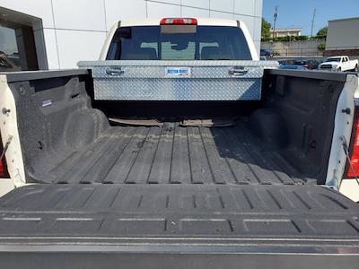 2015 Chevrolet Silverado 1500 Crew Cab 4x4, Pickup #M14734A - photo 28