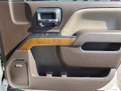 2015 Chevrolet Silverado 1500 Crew Cab 4x4, Pickup #M14734A - photo 31
