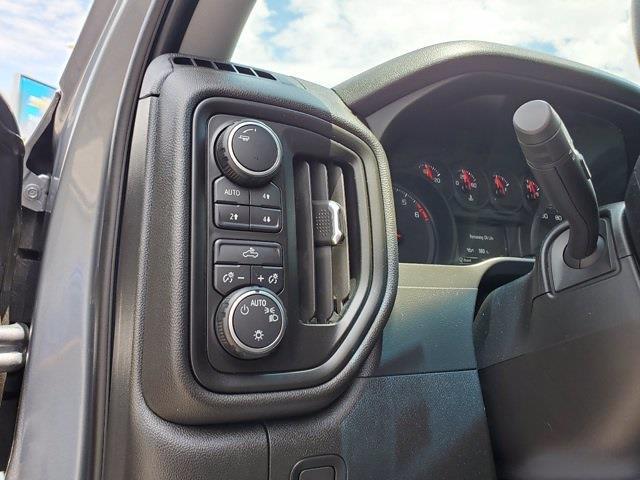 2019 Chevrolet Silverado 1500 Double Cab 4x4, Pickup #M15977A - photo 12