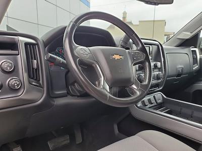 2015 Chevrolet Silverado 1500 Crew Cab 4x4, Pickup #M25331A - photo 13