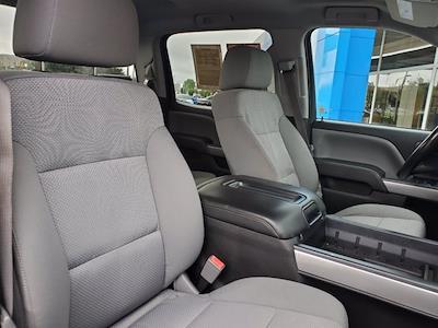2015 Chevrolet Silverado 1500 Crew Cab 4x4, Pickup #M25331A - photo 29