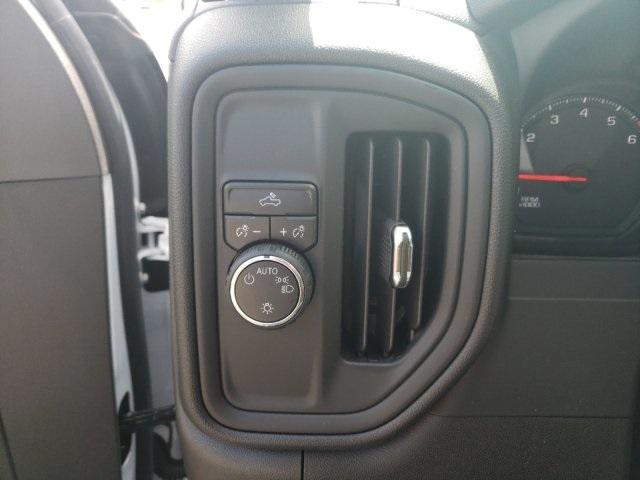 2020 Chevrolet Silverado 2500 Crew Cab 4x2, Knapheide Steel Service Body #MF248678 - photo 17