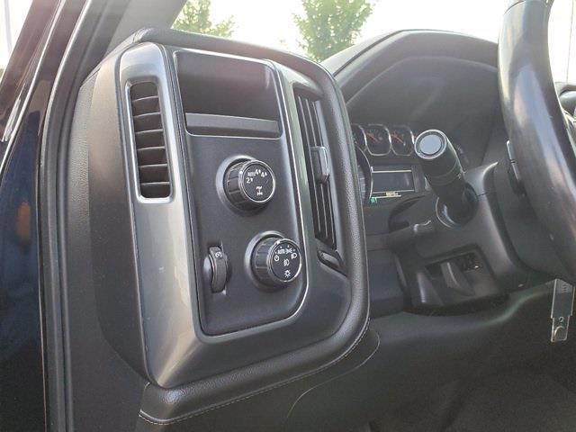 2017 Chevrolet Silverado 1500 Crew Cab 4x4, Pickup #P51169 - photo 12