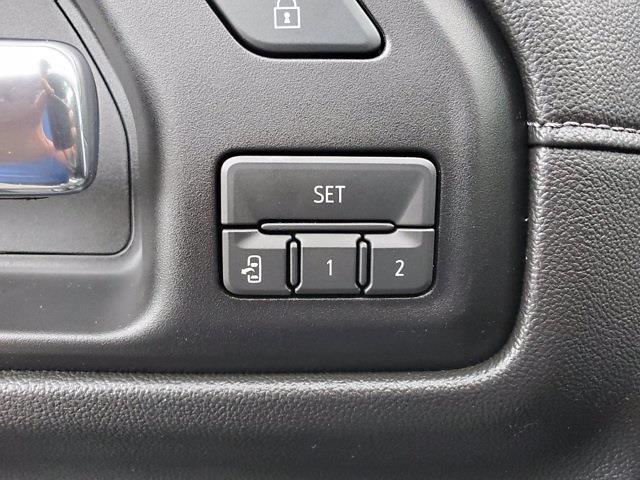 2019 Chevrolet Silverado 1500 Crew Cab 4x4, Pickup #PS51003 - photo 12