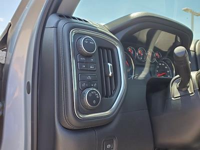 2020 Chevrolet Silverado 1500 Double Cab 4x4, Pickup #PS51094 - photo 11
