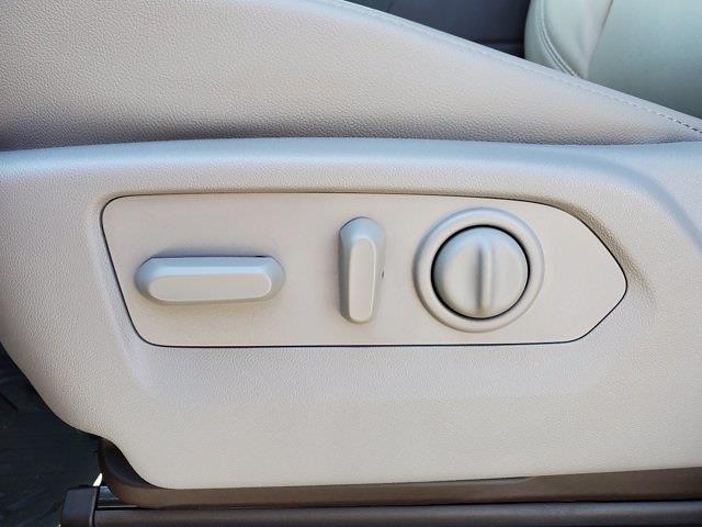 2020 Chevrolet Silverado 1500 Crew Cab 4x4, Pickup #PS51187 - photo 12