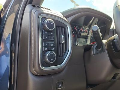 2020 Chevrolet Silverado 1500 Crew Cab 4x4, Pickup #PS51187 - photo 13