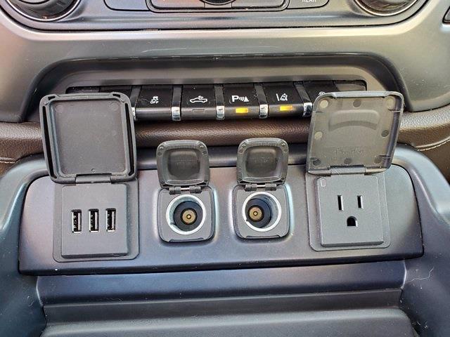 2014 Chevrolet Silverado 1500 Crew Cab 4x4, Pickup #PS51239 - photo 21