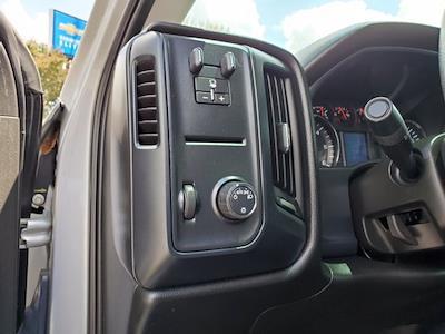 2018 Chevrolet Silverado 1500 Crew Cab 4x2, Pickup #SA51041B - photo 12