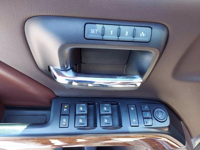 2017 Chevrolet Silverado 1500 Crew Cab 4x4, Pickup #SA51044 - photo 11