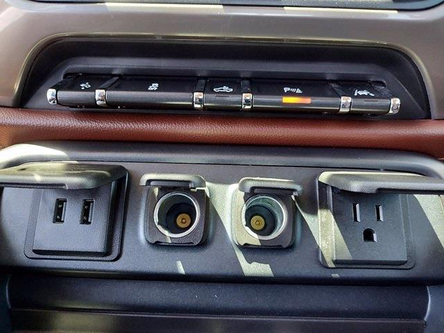 2017 Chevrolet Silverado 1500 Crew Cab 4x4, Pickup #SA51044 - photo 22