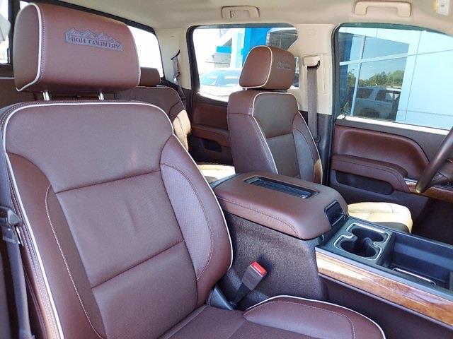 2017 Chevrolet Silverado 1500 Crew Cab 4x4, Pickup #SA51044 - photo 32