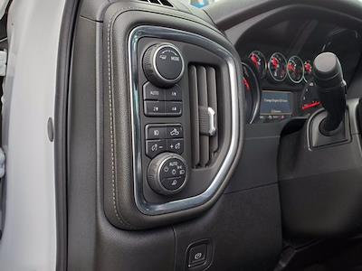 2020 Chevrolet Silverado 1500 Crew Cab 4x4, Pickup #SA51100 - photo 11