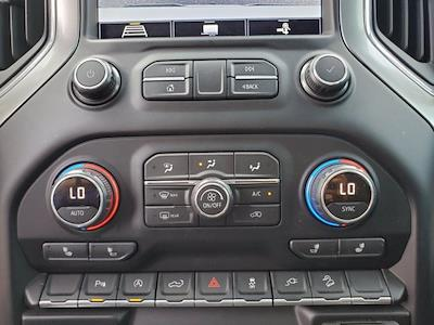 2020 Chevrolet Silverado 1500 Crew Cab 4x4, Pickup #SA51100 - photo 19