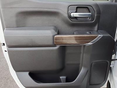 2020 Chevrolet Silverado 1500 Crew Cab 4x4, Pickup #SA51100 - photo 24