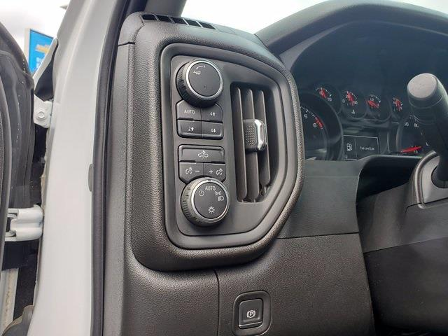 2019 Chevrolet Silverado 1500 Double Cab 4x4, Pickup #SA51138 - photo 12
