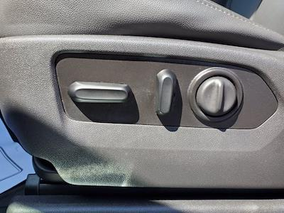 2020 Chevrolet Silverado 1500 Crew Cab 4x4, Pickup #SA51144 - photo 12