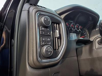 2019 Chevrolet Silverado 1500 Crew Cab 4x4, Pickup #SA51153 - photo 13