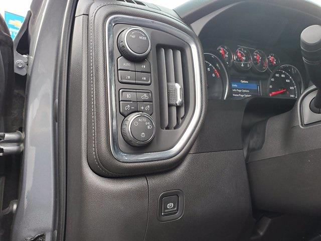 2020 Chevrolet Silverado 1500 Crew Cab 4x4, Pickup #SA51162 - photo 12