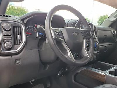 2020 Chevrolet Silverado 1500 Crew Cab 4x4, Pickup #SA51162 - photo 14