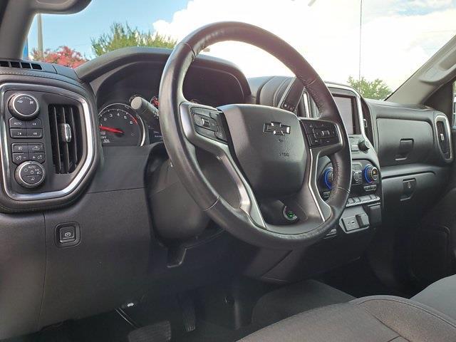 2019 Chevrolet Silverado 1500 Crew Cab 4x4, Pickup #SA51165 - photo 12