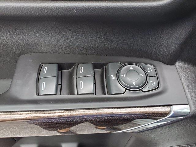 2019 Chevrolet Silverado 1500 Crew Cab 4x4, Pickup #SA51182 - photo 10